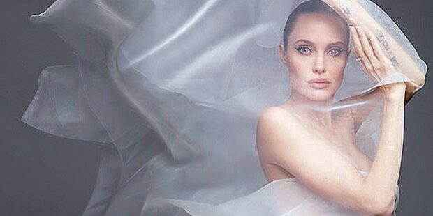 Angelina Jolie zeigt sich nackt