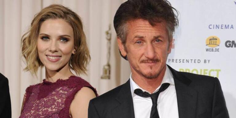Penn & Johansson als Paar auf Hochzeit