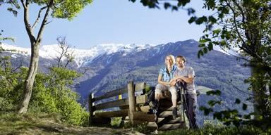 Paar auf einem Berg