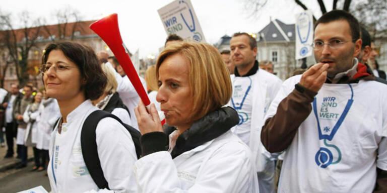 Ärzte-Streik für mehr Gehalt