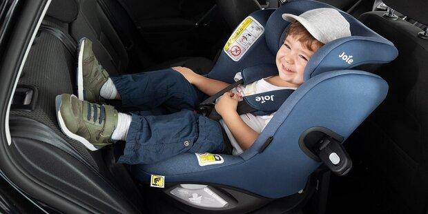 ÖAMTC testet Kindersitze –4 fallen durch