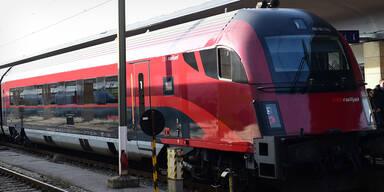 Österreichischer ÖBB Zug