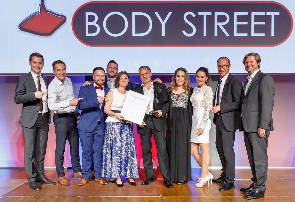 ÖFV Award - Franchise-CH - Gewinner 2019 - Bester Franchise Partner - Dietmar Emmer, Silke Weilguni, Bodystreet