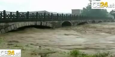 Flut in China - 100.000 auf der Flucht