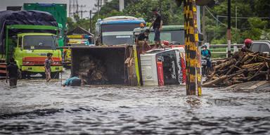 Hochwasser: Mehr als 100 Tote in Indonesien und Osttimor