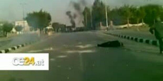 Polizei erschiesst Demonstrant vor laufender Kamera
