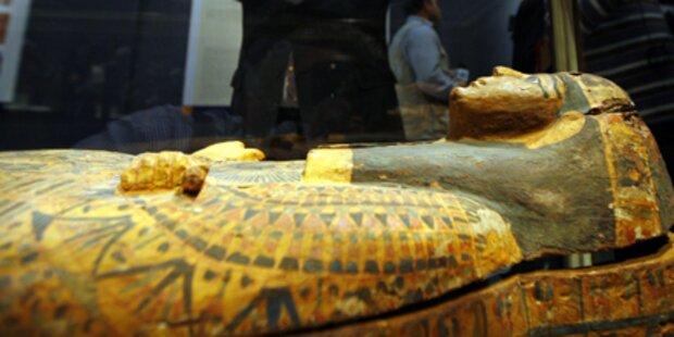 Plünderer wüten im Ägyptischen Museum