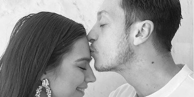 Mesut Özil: Erstes Baby und es ist …