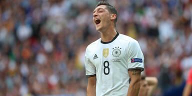 Irre: Jetzt Steuer-Skandal um Özil