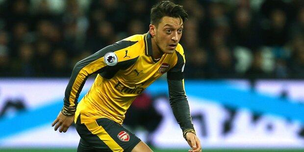 Özil soll sich mit diesem Top-Club einig sein