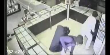 Video zeigt brutalen Überfall auf Juwelier