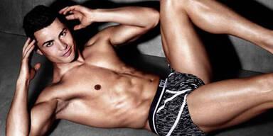 Cristiano Ronaldo zeigt neue Unterwäsche-Kollektion