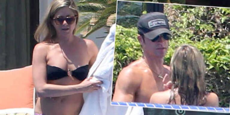So schön kann Urlaub sein, auch wenn man noch nicht verheiratet ist. Jennifer Aniston und ihr Lover Justin Theroux genießen die gemeinsame Zeit beim Turteln in Mexiko. Während die Hollywood-Aktrice im Bikini beweist, dass sie definitiv weit entfernt von einer Schwangerschaft ist, zeigt Justin, dass er Jennifer in nichts nachsteht: seine Bauchmuskeln lassen keine Frauenwünsche offen.
