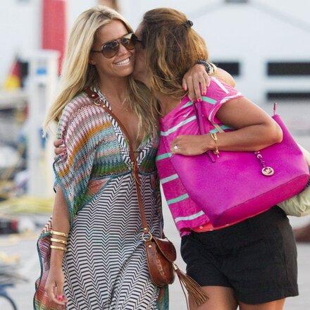 Sylvie Meis genießt Urlaub mit Freundin Danie Bles