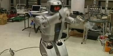 Roboter tanzt zu Psy's Gangnam-Style