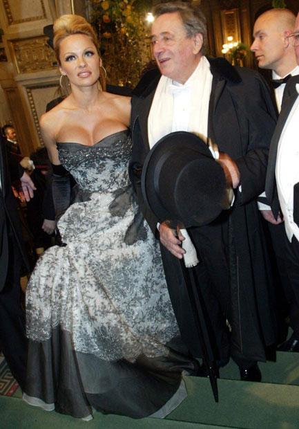Pamela Anderson & Richard Lugner 2003 am Wiener Opernball