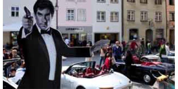 James Bond-Massenszene auf Dienstag verschoben