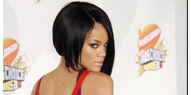 Rihannas Vater will die Millionen seiner Tochter nicht