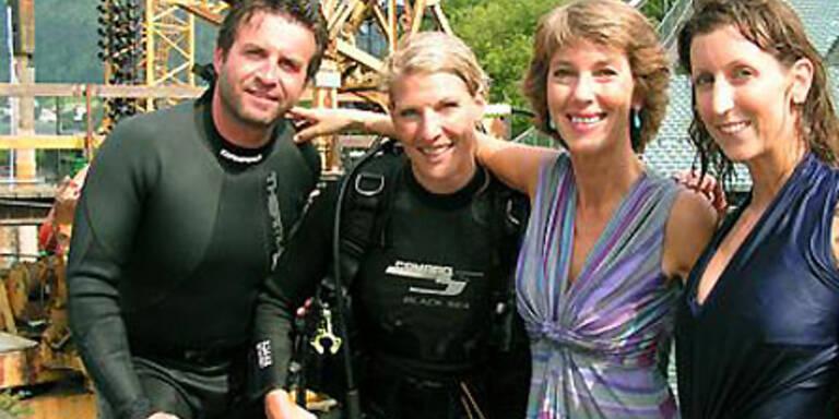 Barbara Rett und Stuntmen
