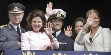 König Carl Gustaf von Schweden, Königin Silvia, Prinz Carl Philip, Prinzessin Victoria, Prinzessin Madeleine