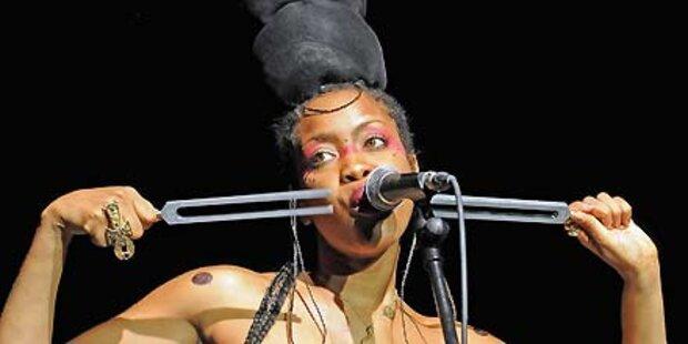 Badu: Strip-Video am Todes-Ort Kennedys