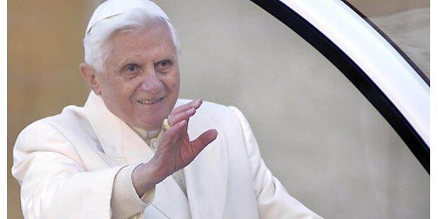 Benedikt XVI. in Tschechien eingetroffen