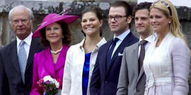 König Carl Gustaf von Schweden, Königin Silvia, Kronprinzessin Victoria, Prinz Daniel, Prinz Carl Philipp und Prinzessin Madeleine