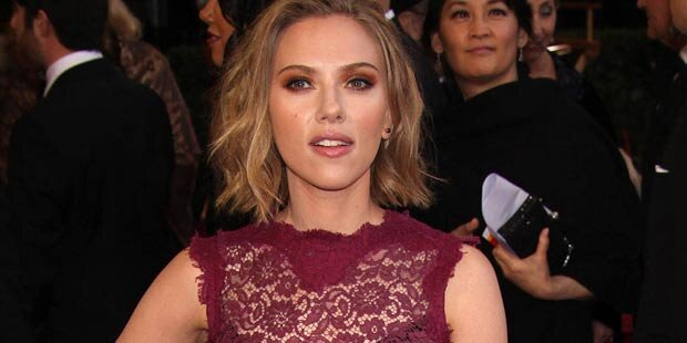 Scarlett Johansson läuft Sean Penn nach