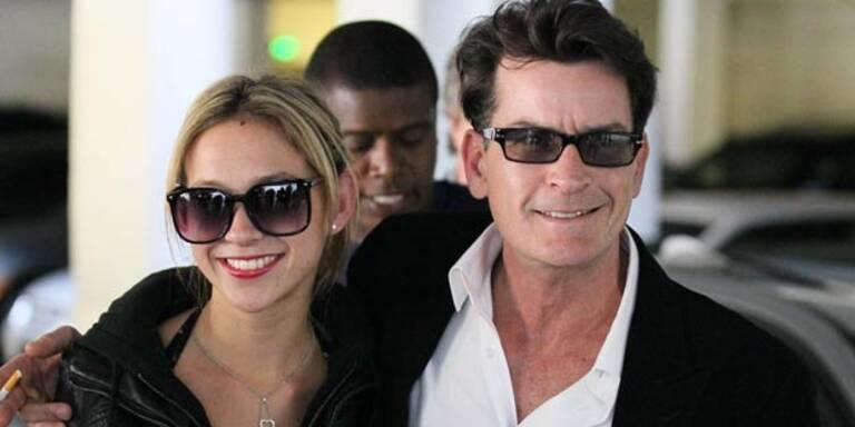 Völlig irre: Sheen klaut Trailer vom Set