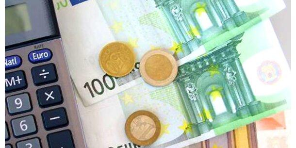 Kredite werden teurer, Pensionen in Gefahr