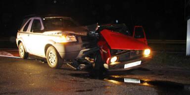 Nächtlicher Unfall auf der A22