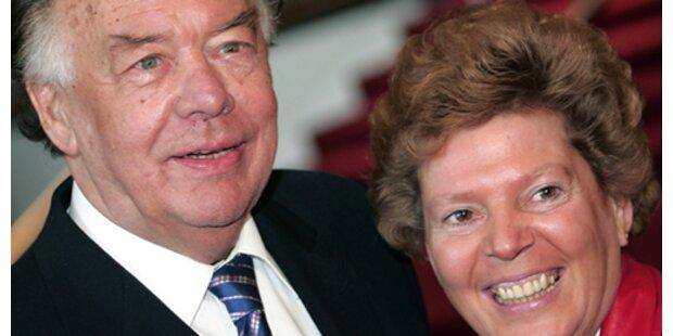 Klausjürgen Wussows Witwe klagt seine Kinder an