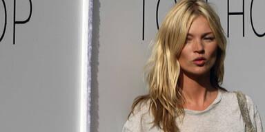 Supermodel Kate Moss, (C) Reuters