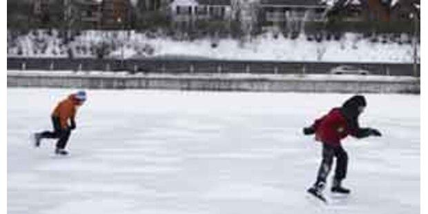 Kärntner Eisläufer am Weißensee eingebrochen