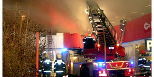 Feuerwehr-Hochbetrieb zum Jahreswechsel