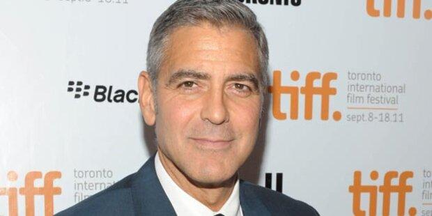 George Clooney Asche an Freunde verschenken