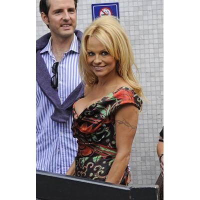 Stacheldraht Pamela Anderson Full text