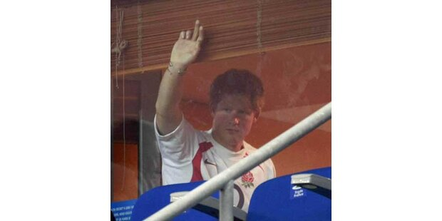 So feierte Prinz Harry Rugby-Sieg Englands