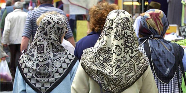 Türkisches Parlament erlaubt Kopftuch