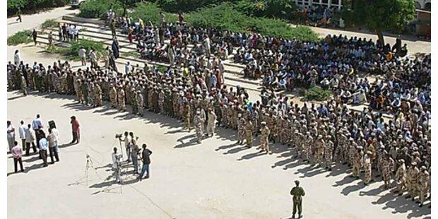 Uganda bereitet Friedenstruppen für Somalia vor