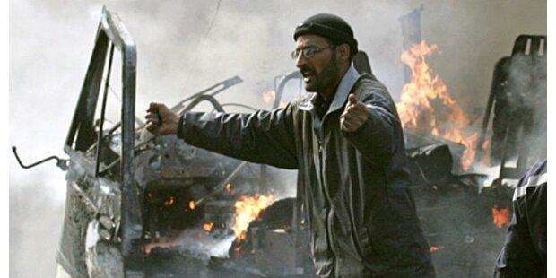Al Kaida bekennt sich zu Selbstmordanschlägen