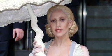 Lady Gaga im All?