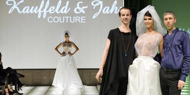 Nacktmodel Micaela Schäfer überrascht als transparente Braut
