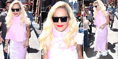 Rita Ora als rosa Zuckerl