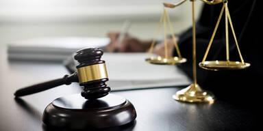 Beispielbild für Prozess/Gericht