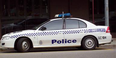 Kind holt betrunkenen Vater mit Auto ab