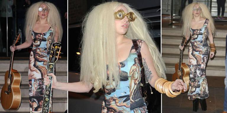 Lady Gaga als wandelndes Kunstobjekt