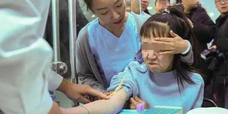 Dieser China-Teenie ist erst 15 Jahre jung