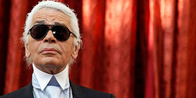 """Lagerfeld: """"Niemand braucht Chanel…"""""""