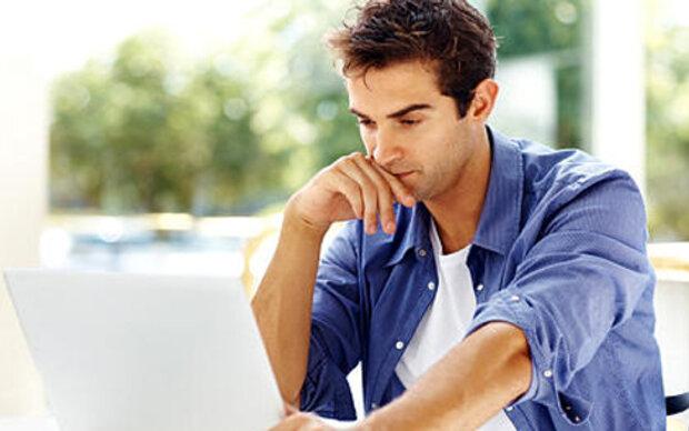 Jeder fünfte Mann hat heimliches E-Mail-Konto